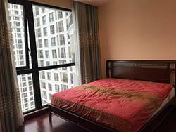 Cho thuê căn hộ R4 Royal City 2 ngủ đủ đồ